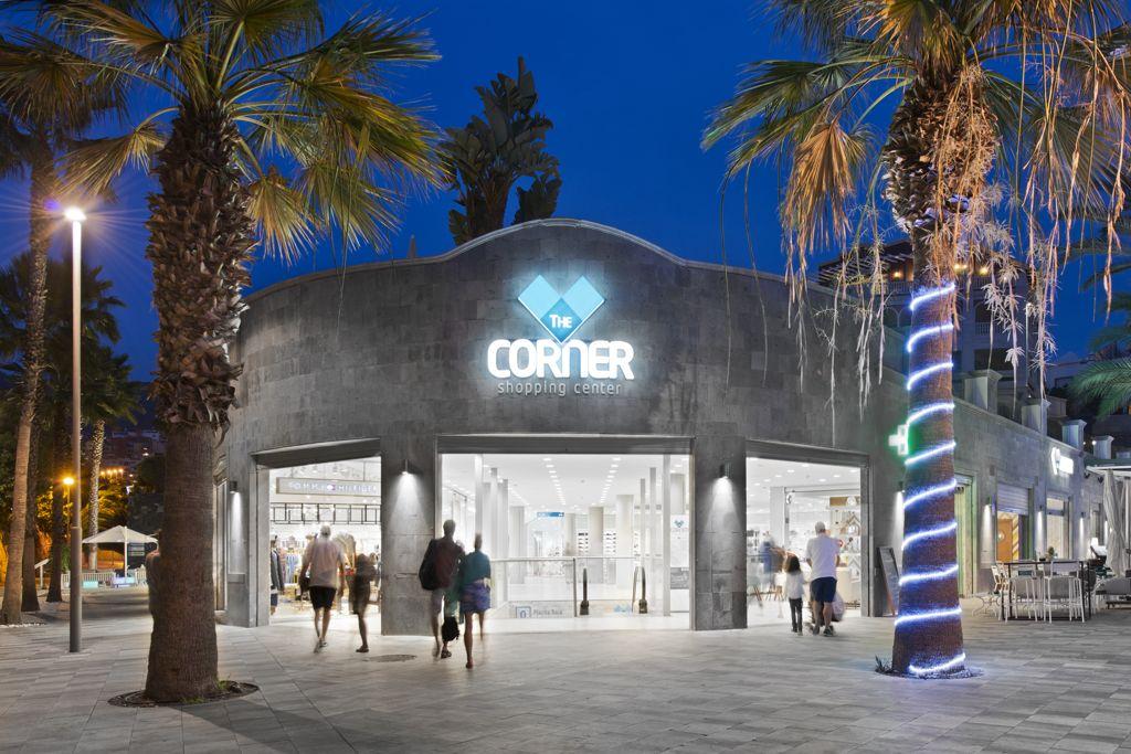 Playa del duque archivos the corner shopping center - Centro comercial del mueble tenerife ...